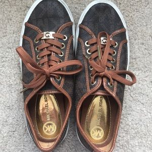 Michael Kors Fashion Logo Sneakers
